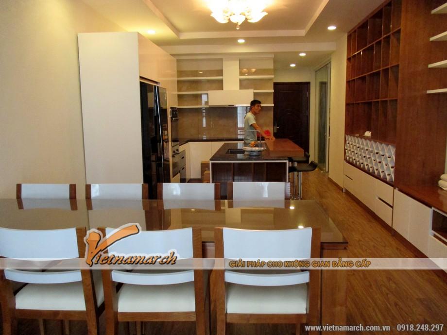 Phòng ăn và phòng bếp rộng rãi với thiết kế nội thất hoàn hảo