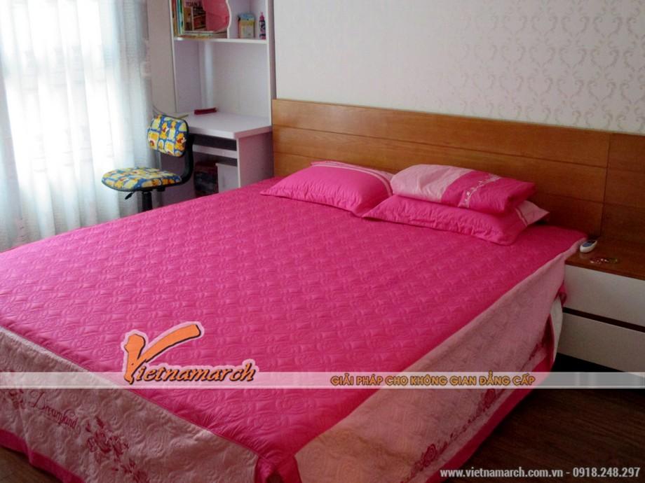 Màu hồng trẻ trung cho phòng ngủ của cô con gái