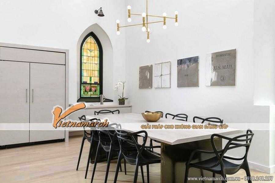 Một chiếc bàn ăn dài cho phòng bếp