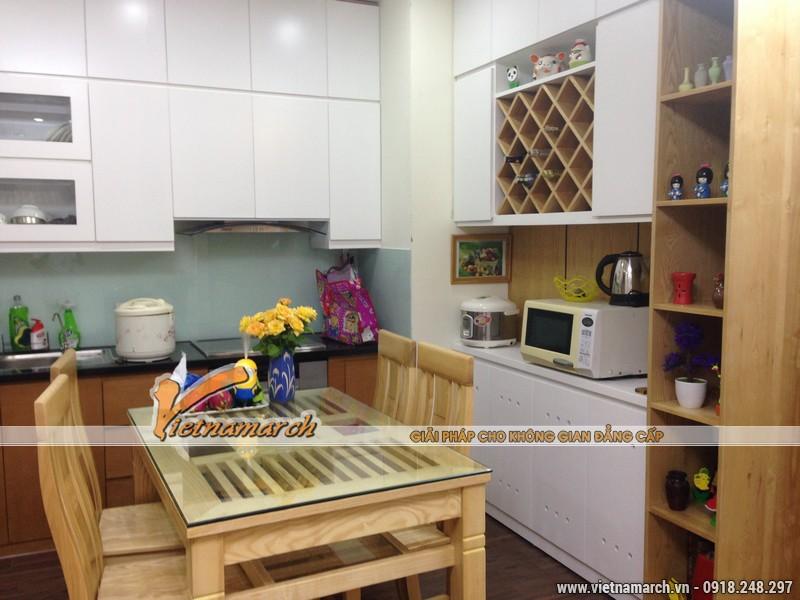 Phòng bếp với đồ nội thất được làm từ gỗ sồi Nga 100% tự nhiên