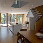Mẫu tủ bếp không tay nắm VNA cho những căn hộ chung cư cao cấp