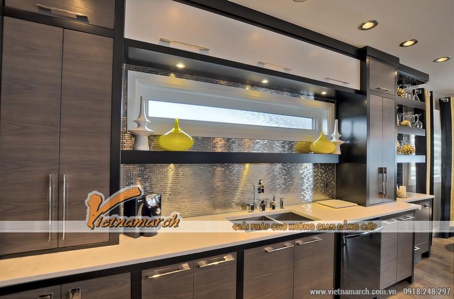 Phòng bếp hiện đại và tiện nghi, công năng sử dụng đáp ứng cho một gia đình nhiều người