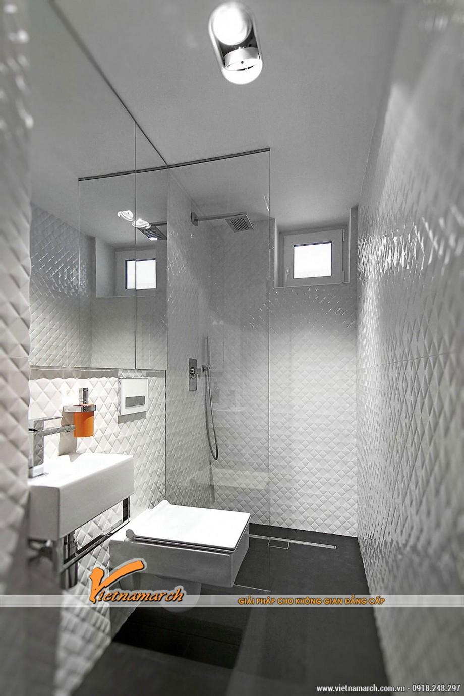 Nội thất phòng tắm được thiết kế không cầu kỳ, phức tạp