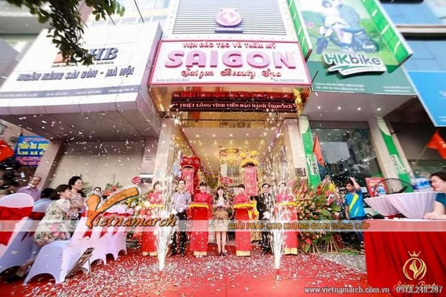 Thảm mỹ viện Sai Gon Beauty trong ngày khai trương
