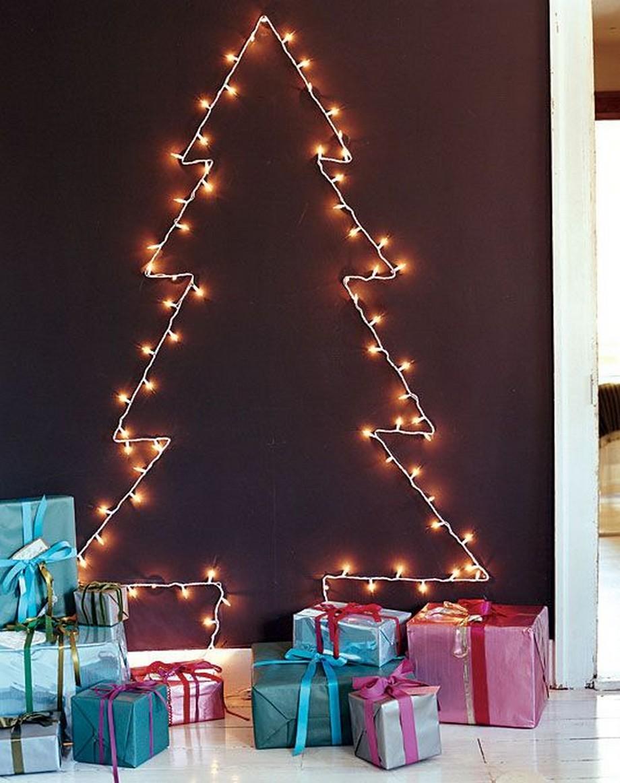 Cây thông Noel kết từ đèn lung linh - tư vấn thiet ke nha dep