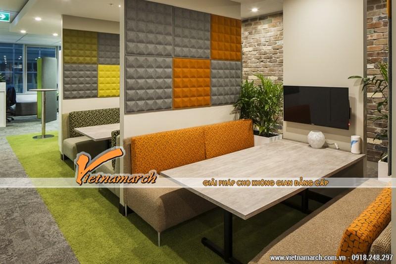 Phòng tiếp khách hay khu vực nghỉ ngơi của nhân viên được thiết kế nhiều cây xanh