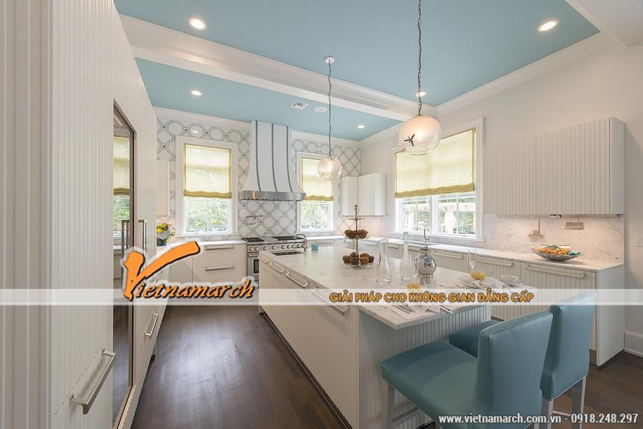Sự hài hòa về màu sắc cho một phòng bếp sang trọng