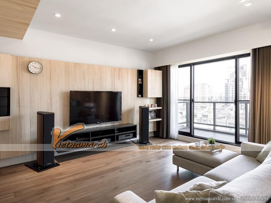 Phòng khách 80% là gỗ tông màu ấm áp làm chủ đạo