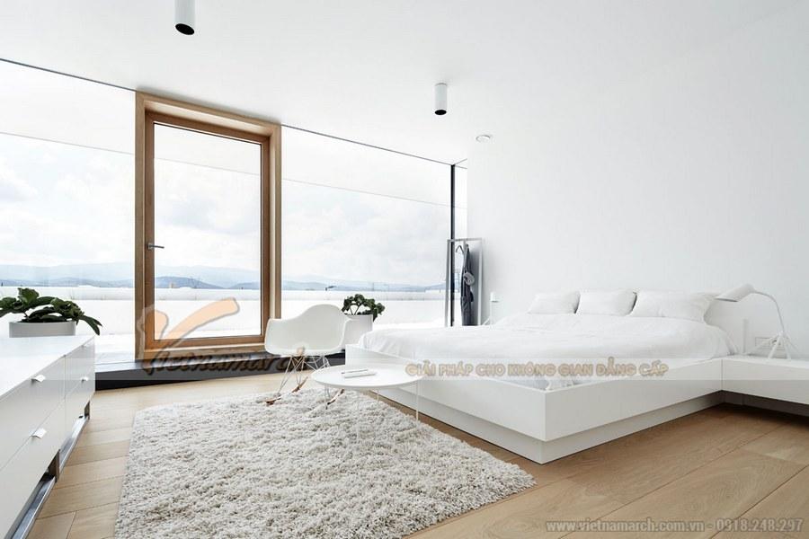 Phòng ngủ sử dụng gam màu trắng mang đến không gian dịu êm, nhẹ nhàng