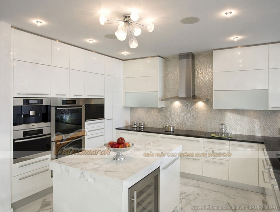 Khu vực nấu ăn trong nhà bếp hiện đại với thiết kế tủ bếp cao cấp