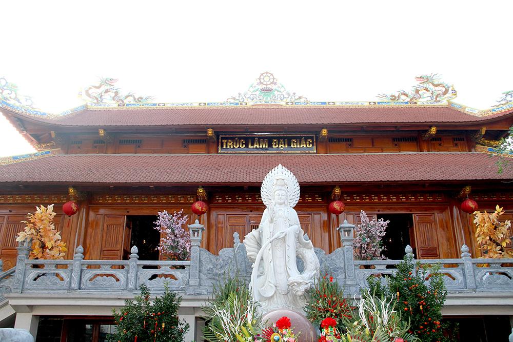 Đệ Nhất Điện là nơi chiếm nhiều không gian và rộng lớn nhất khuôn viên nhà thờ họ Trần