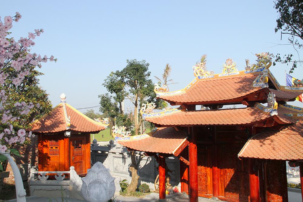 Cổng Tam Quan thiết kế 3 tầng mái độc đáo và sang trọng