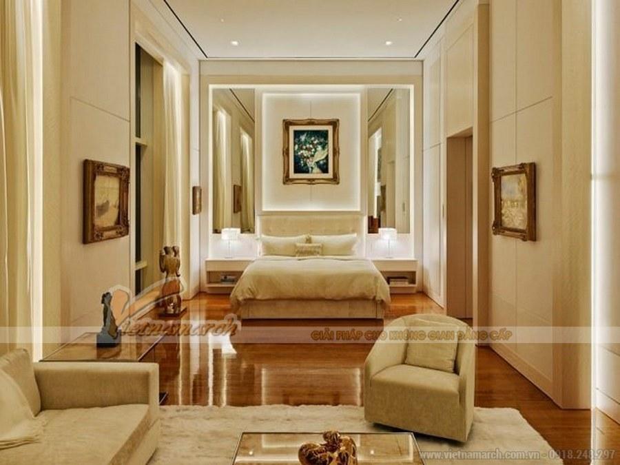 Tông màu trắng chủ đạo được điểm suốt bởi màu vàng giúp căn phòng luôn rộng, thoáng và dịu êm.