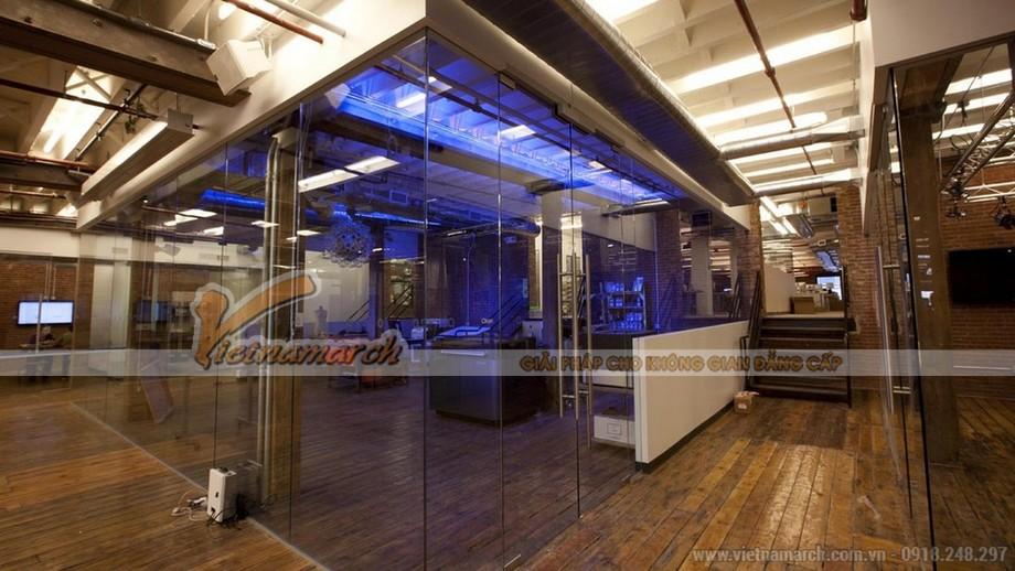 Thiết kế văn phòng bằng các vách kính