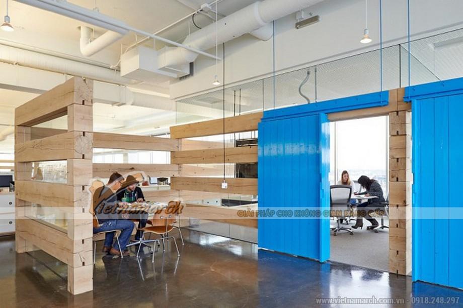 Vách ngăn bằng gỗ là một ý tưởng độc đáo trong nội thất văn phòng