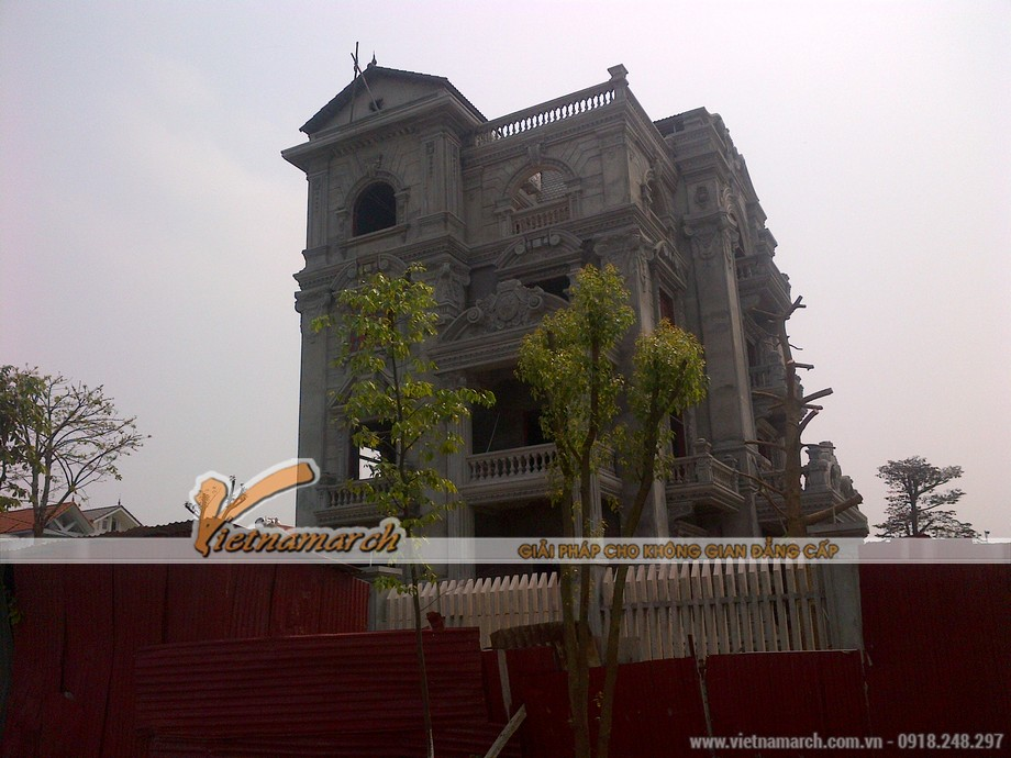 Toàn cảnh ngôi biệt thự được hoàn tất phần kiến trúc bên ngoài