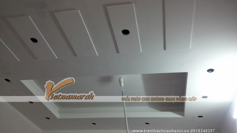 Thi công trần nhà thạch cao cho nhà anh Vĩnh tại Kiến An - Hải Phòng.