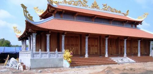 can-canh-nha-tho-to-hang-tram-ty-cua-danh-hai-Hoai-Linh (1)