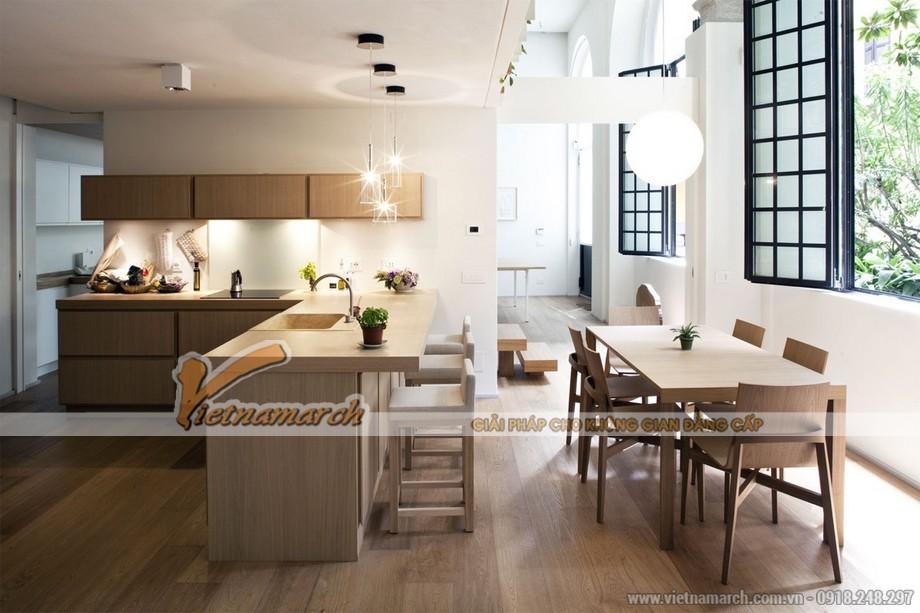 Thiết kế tủ bếp bằng gỗ cao cấp cho phòng bếp không gian mở của nhà lô phố hiện đại