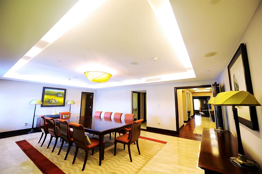 phòng tổng thống intercontinental hanoi