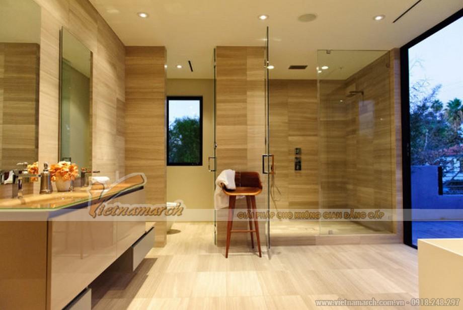 Phòng tắm bằng kính và gỗ