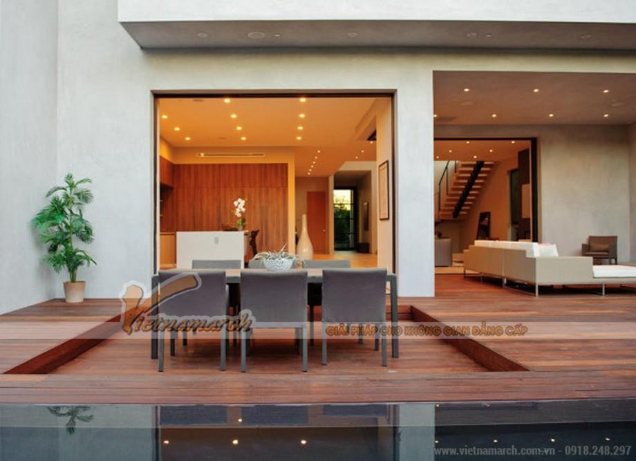 Toàn bộ hệ sàn của tầng 1 làm bằng gỗ tự nhiên