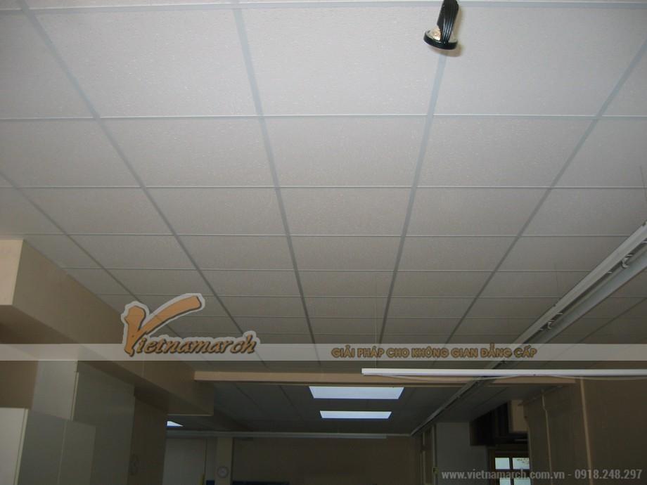 Ứng dụng của tấm PVC Shades VT4 vào thi công trần thạch cao