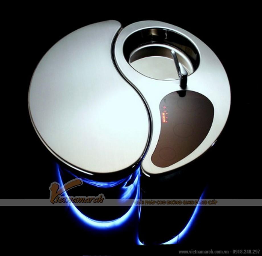 Chất liệu cao cấp trong mẫu thiết kế bàn bếp, chậu rửa, có thể xoay theo 2 chiều khác nhau