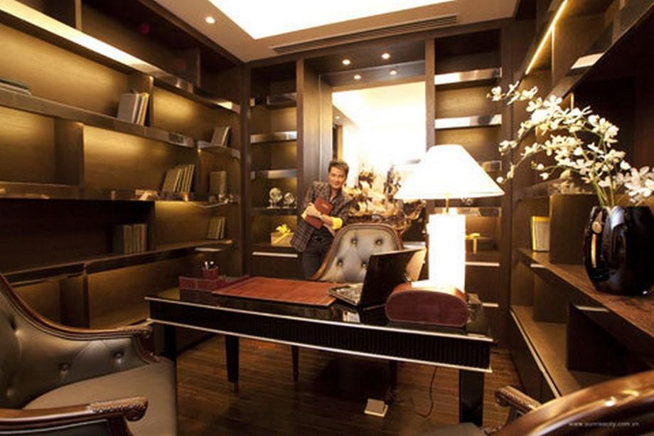 Nội thất phòng làm việc được thiết kế tinh tế và sang trọng