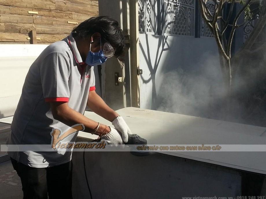 Thi công lắp đặt tấm xi măng UCO làm vách ngăn ngoại thất