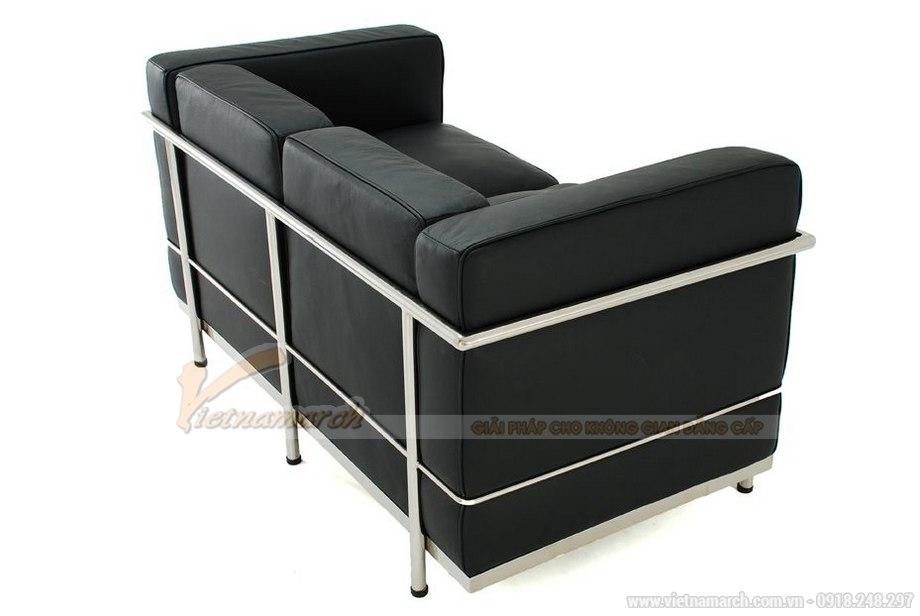 Mẫu ghế sofa da văng hai chỗ ngồi nhìn như chiếc giường thu gọn - 03
