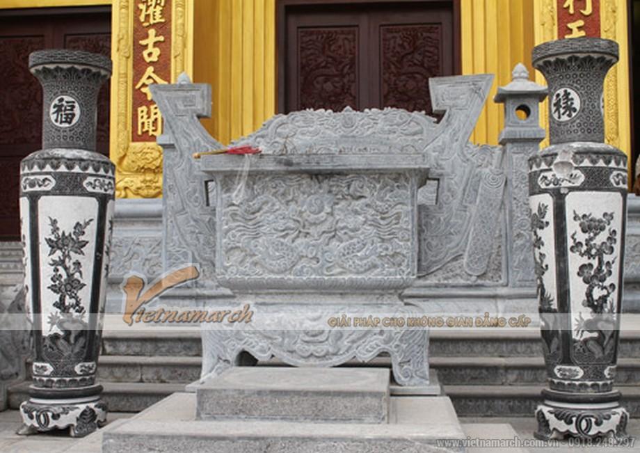 Khám phá điều đặc biệt bên trong lăng mộ lớn nhất Việt Nam - 02