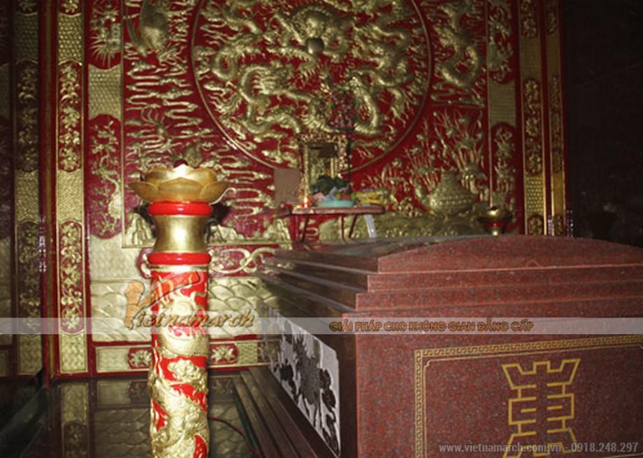 Khám phá điều đặc biệt bên trong lăng mộ lớn nhất Việt Nam - 05