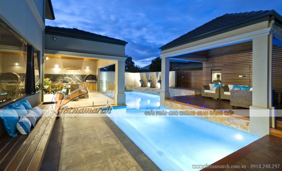 Choáng ngợp với không gian bể bơi giống các resort 5 sao