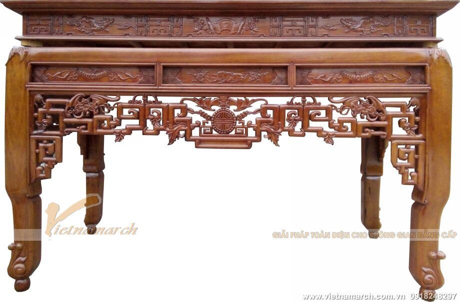 Mẫu bàn thờ hiện đại với đường nét trạm trổ kì công tại biệt thự Ecopark