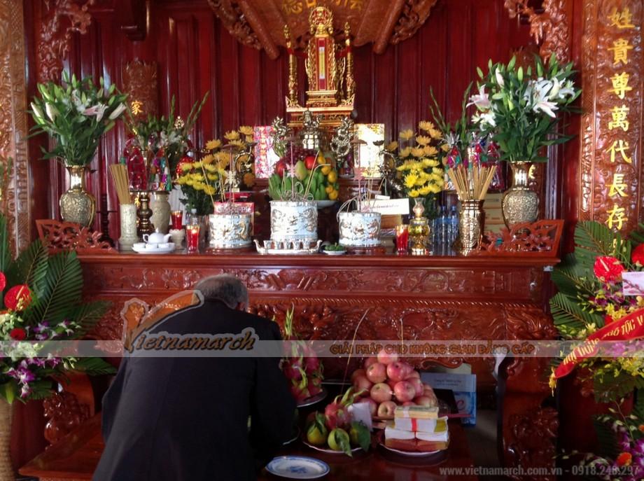 Cách đặt bát hương trên bàn thờ gia tiên đúng phong thủy -03