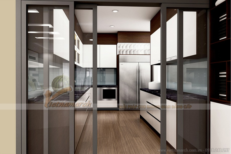 Phòng bếp với đầy đủ các thiết bị đồ dùng nhà bếp được sắp xếp hợp lý