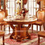 Những mẫu bàn ăn cổ điển, sang trọng nhất hiện nay