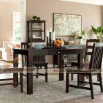 Làm mới không gian bếp với mẫu bàn ăn kết hợp hài hòa giữa phong cách cổ điển và hiện đại