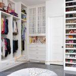 Bí quyết chọn tủ quần áo phù hợp với không gian phòng ngủ