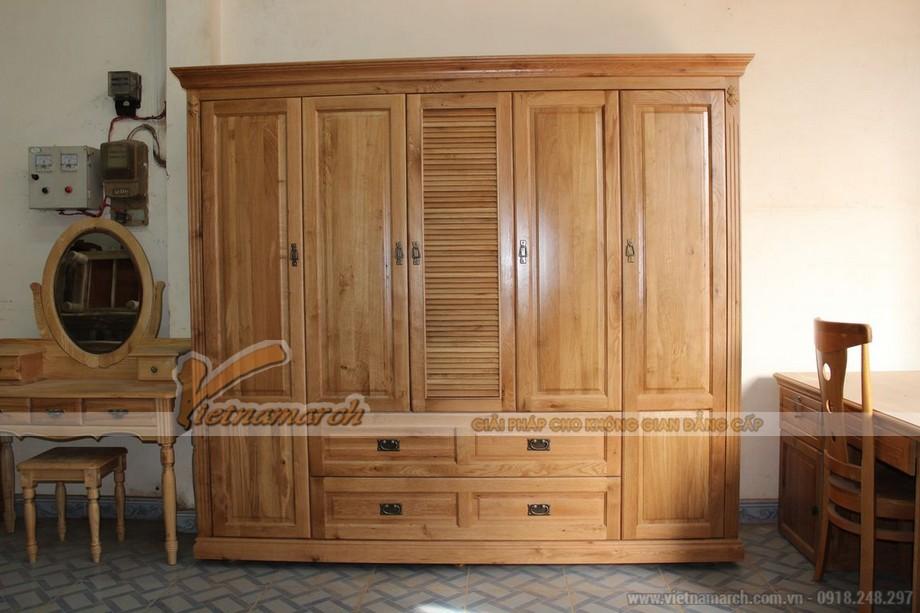 Mẫu tủ quần áo bằng gỗ tự nhiên giúp cho không gian phòng ngủ sang trọng hơn 01