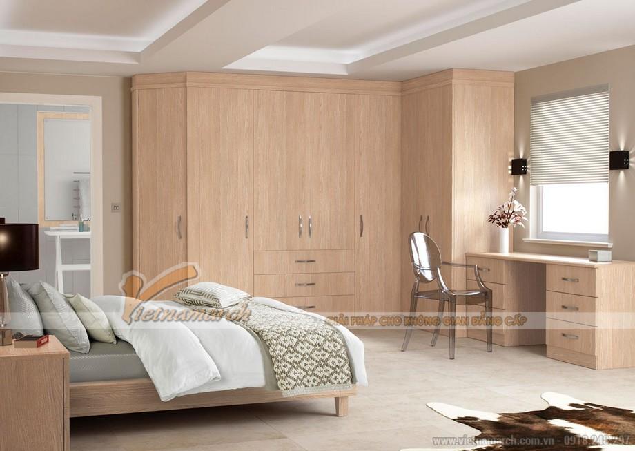 Mẫu tủ quần áo bằng gỗ tự nhiên giúp cho không gian phòng ngủ sang trọng hơn 03