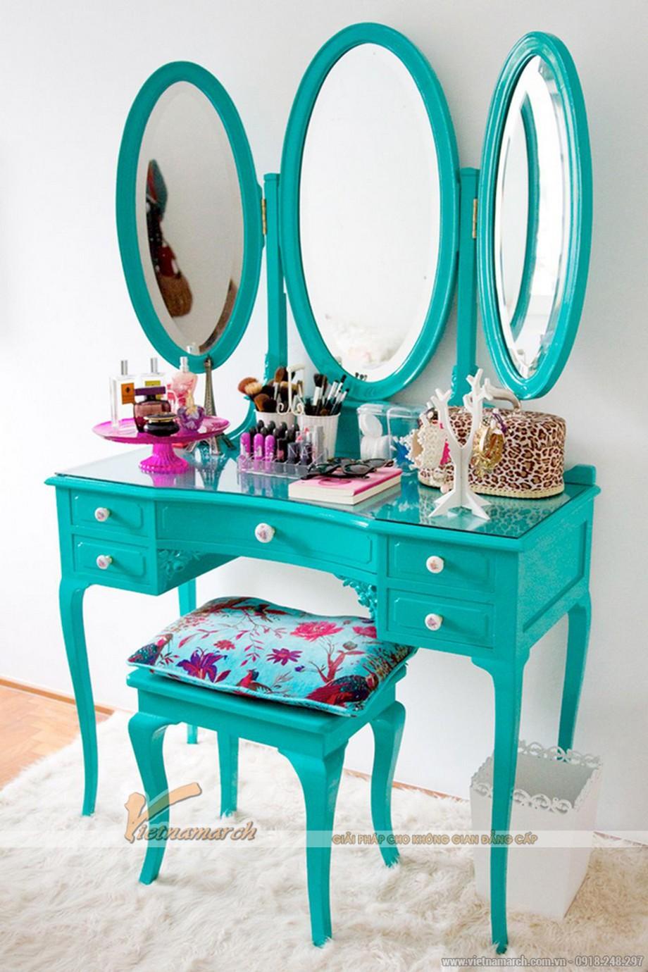 Những mẫu bàn trang điểm màu xanh ngọc khiến các cô nàng mê tít