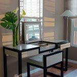 Hoàn thiện không gian phòng ngủ với bàn trang điểm thiết kế thông minh