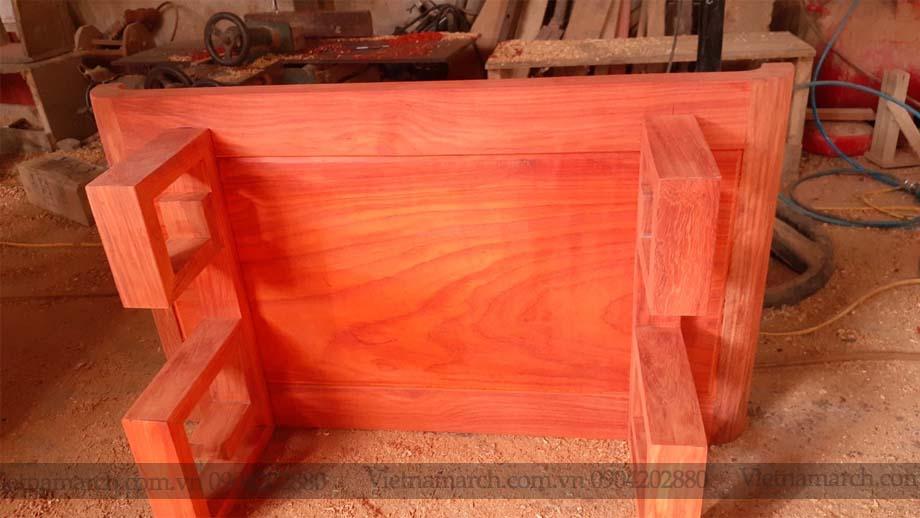 Mẫu bàn thờ gỗ hương cho chung cư nhà phố