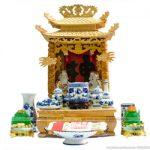 Những mẫu bàn thờ Thần Tài, Ông Địa mang phong cách truyền thống.