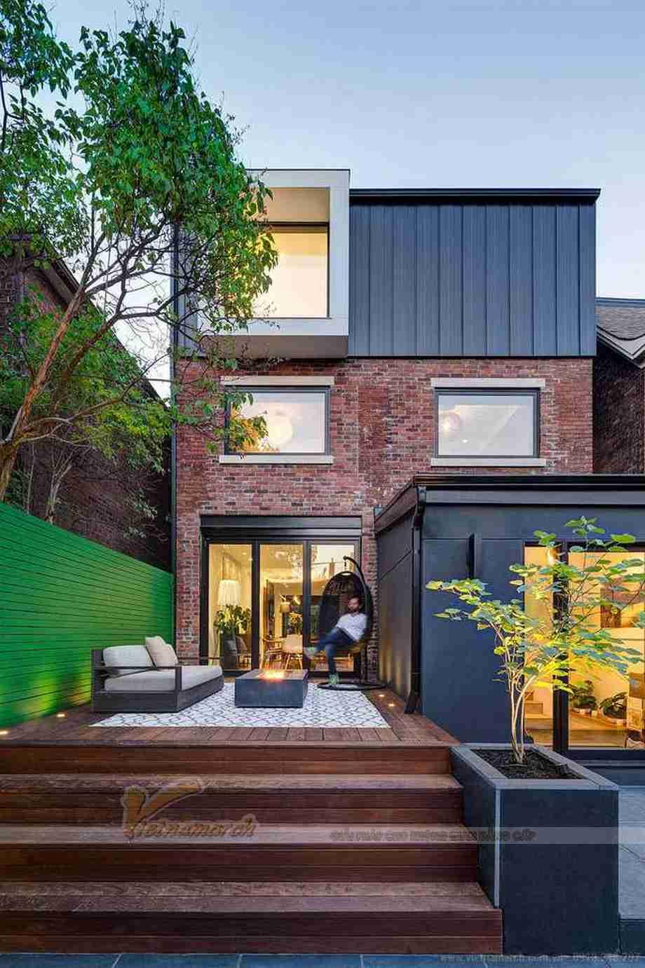 HOT HOT: Căn biệt thự mini 3 tầng gây ấn tượng mạnh bởi sự đối lập trong ngoài