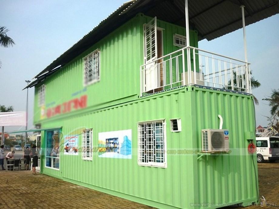 Mẫu nhà container 2 tầng này có thiết kế cực kì đơn giản phù hợp cho việc hay phải di chuyển