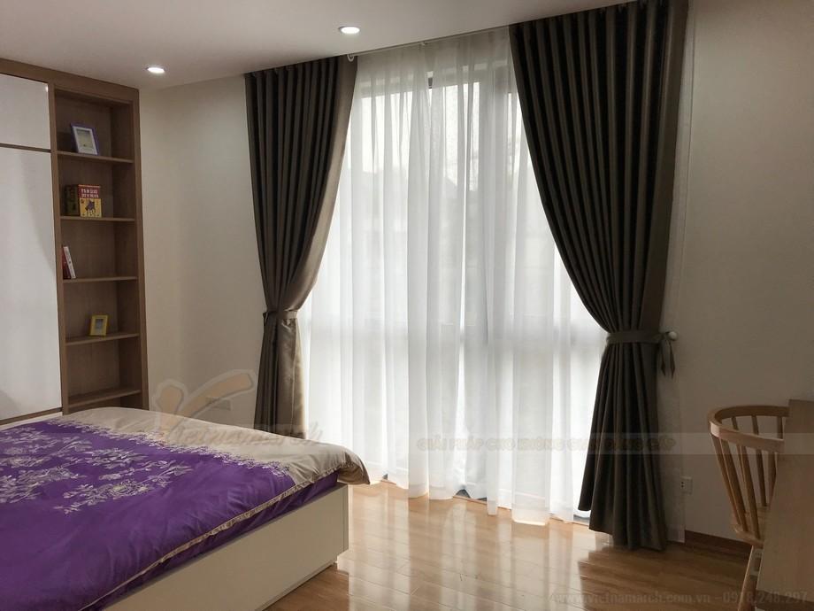 Phòng ngủ 2 rộng rãi với đầy đủ đồ nội thất tiện nghi