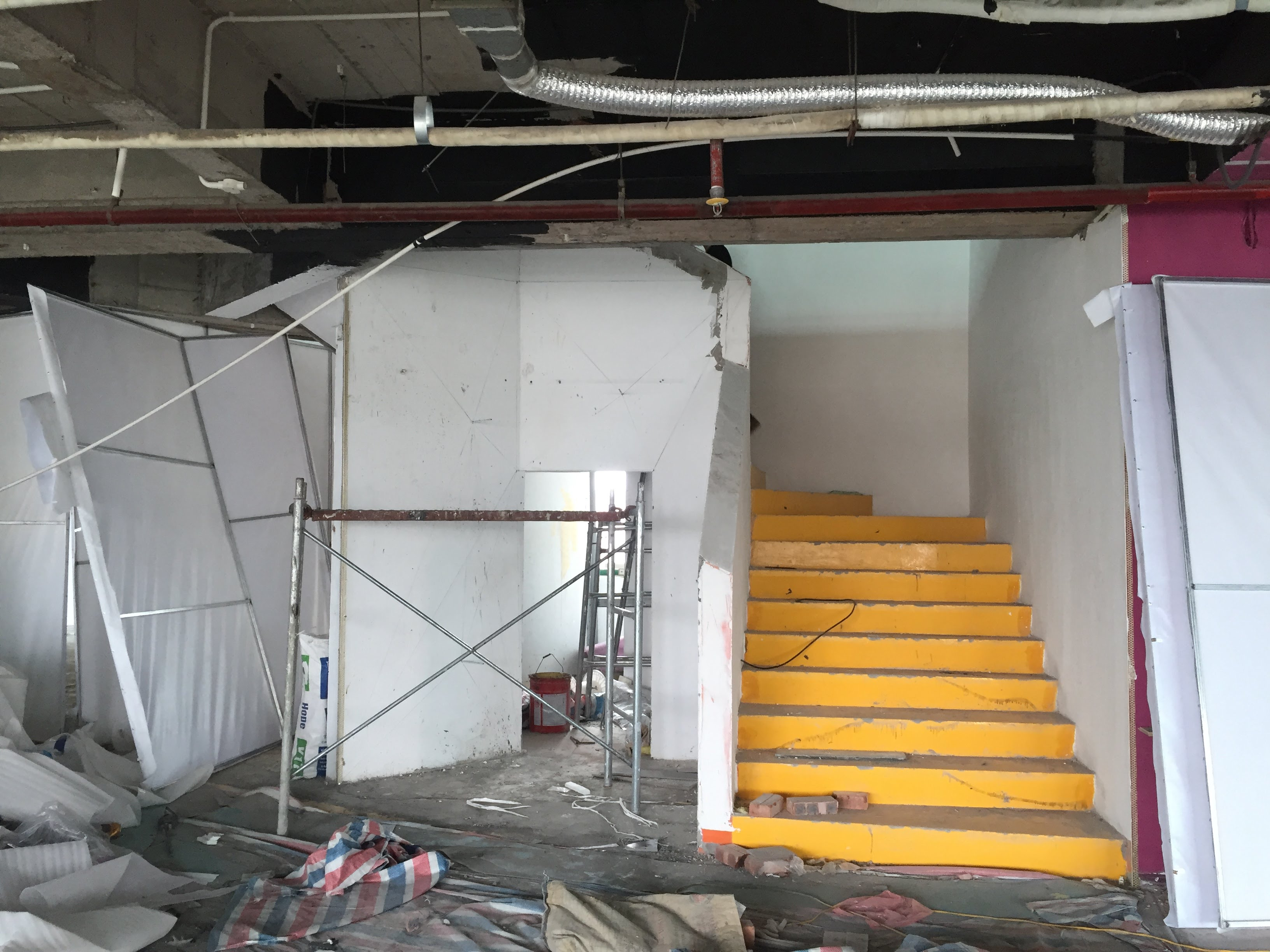 Hiện trạng của văn phòng làm việc tại Lương Yên
